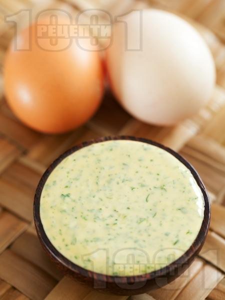 Домашна магданозена майонеза - снимка на рецептата